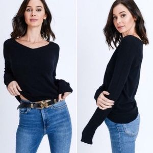 Sweaters - NEW Long Sleeve Solid V-Neck Sweater Top